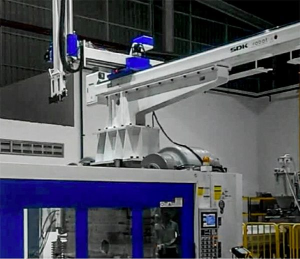 ET series- The Large Open Type Full Servo Manipulator (3/5 axis